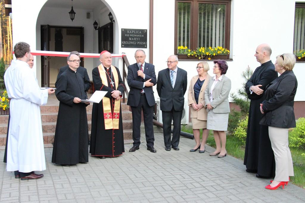 Kardynał Nycz poświęcił pomieszczenia Fundacji